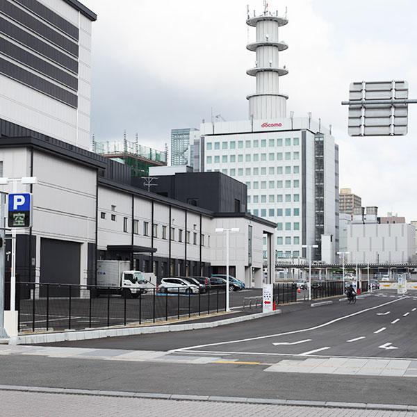 0035kiyokawayaやまぎん県民ホール 県民べにばな駐車場